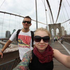 Kaksin maailmalla – reissuselfieitä rapakon takaa