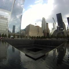 Tuskaturismia New Yorkissa: 9/11 muistomerkillä