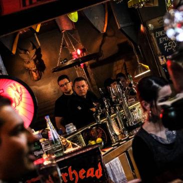 Friedrichshain: Döneriä, olutta ja rokkibaareja
